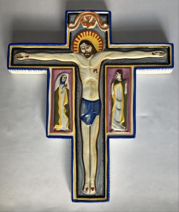 Christ en croix Kéraluc